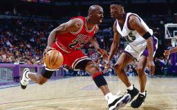 รูปภาพ ดารานักบาสเกตบอล Michael Jordan